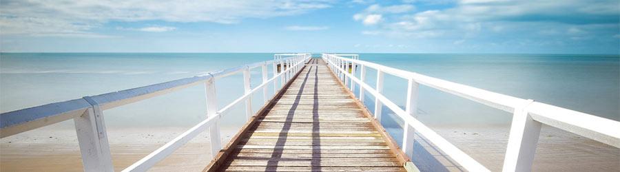 Om du har en resa som du vill åka på kan du välja att antingen själv spara ihop till resan eller ansöka om ett smidigt reselån på webben